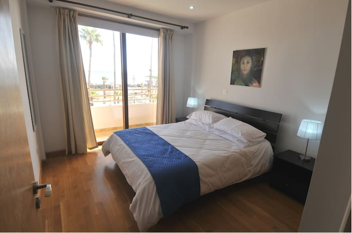 Larnaca Beach Apartments102