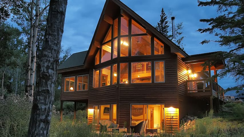 FOREST CHALET: Adorable 3-Level Home, FREE Wi-Fi! - Lutsen - Dom