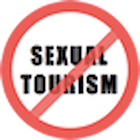 Farinha de Pau eco Lodge is against all kind of tourism related with sexuality and prostitution.