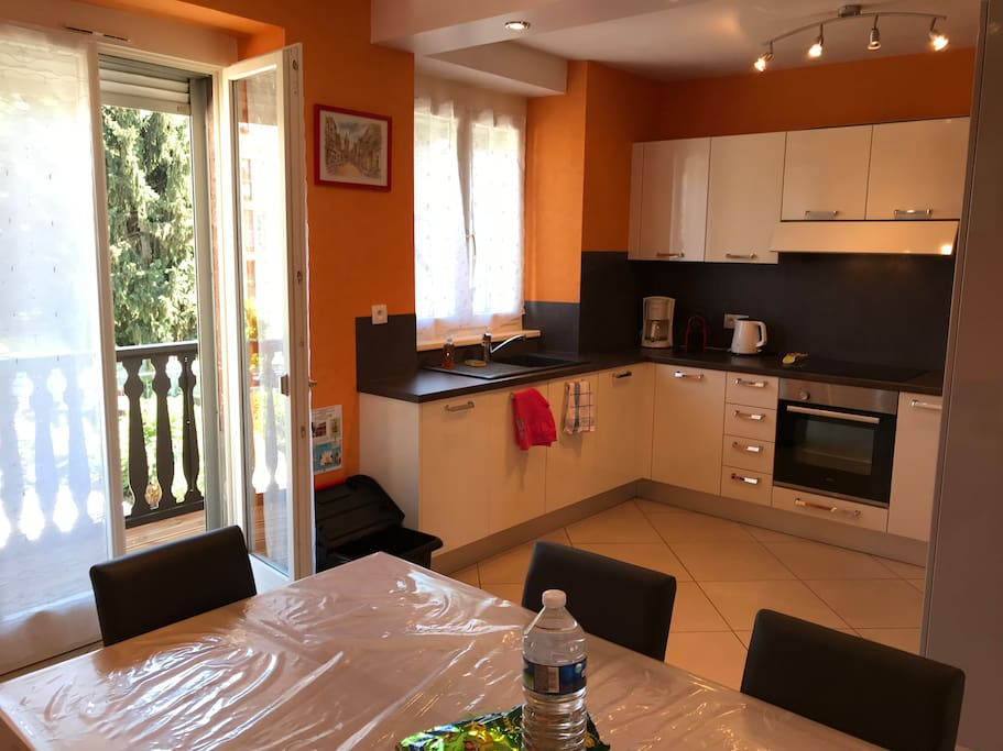 appartement centre ville colmar 1 guest houses louer colmar alsace champagne ardenne. Black Bedroom Furniture Sets. Home Design Ideas