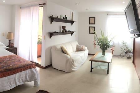 Beautiful apartment, 2 blocks from Metro Station - เอ็นบิกาโด - อพาร์ทเมนท์