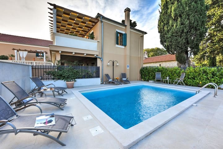 Villa Danica, Croatia Luxury Rent