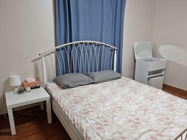 침실 1 , 퀸침대