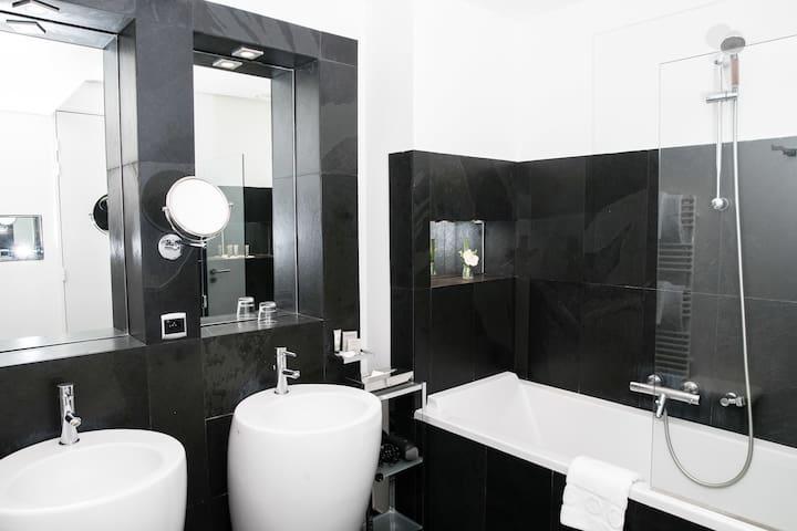 Avec une salle de bain privée