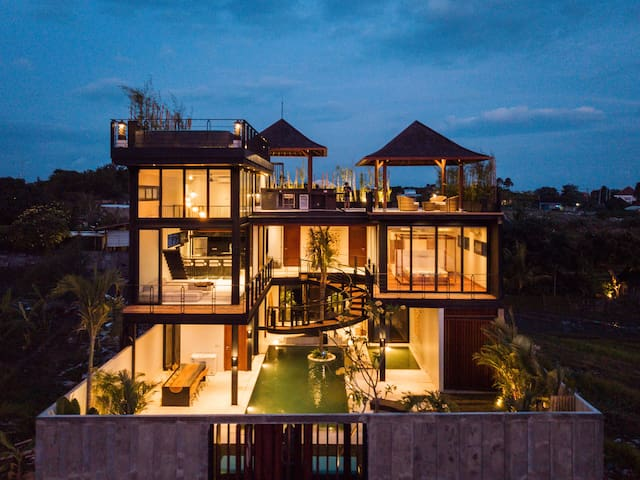 Luxury 4BR Villa Surrounded by Rice Paddies