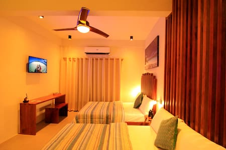Expeditions BnB Coron_Seafari Room - Coron - Wikt i opierunek