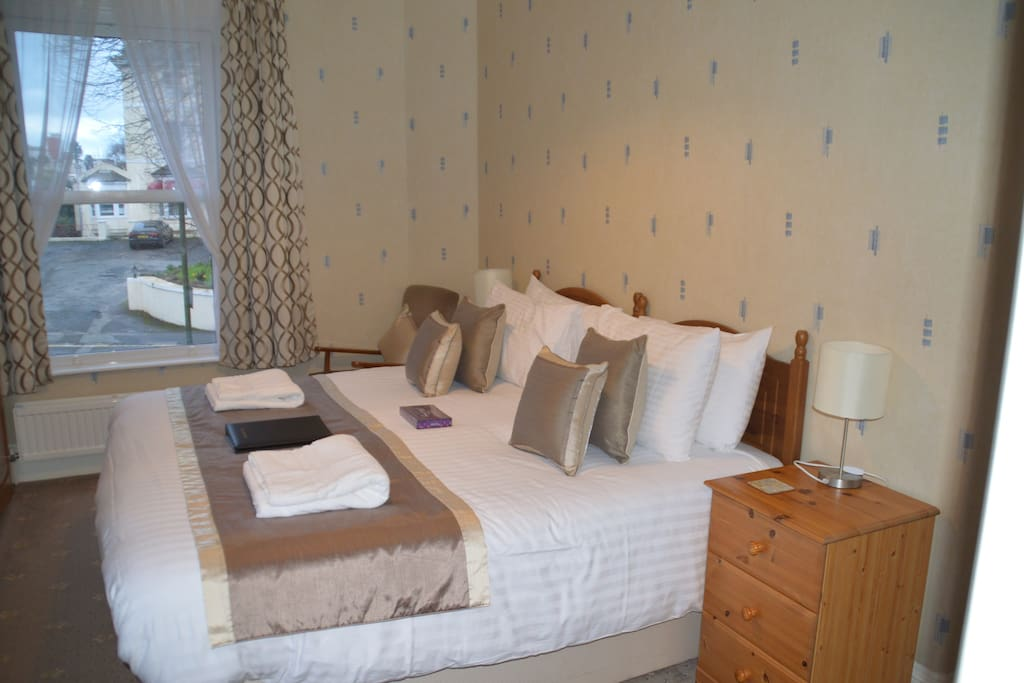 Superior En-suite room, can be Twin or Superking sized