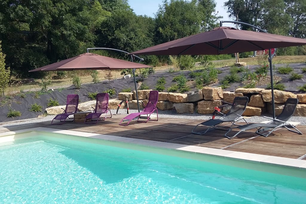 Gite de charme case in affitto a la rochepot bourgogne for Gite piscine bourgogne