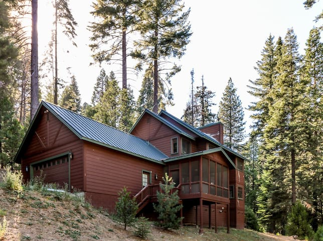 Beautiful Fish Camp Home Very Near Yosemite