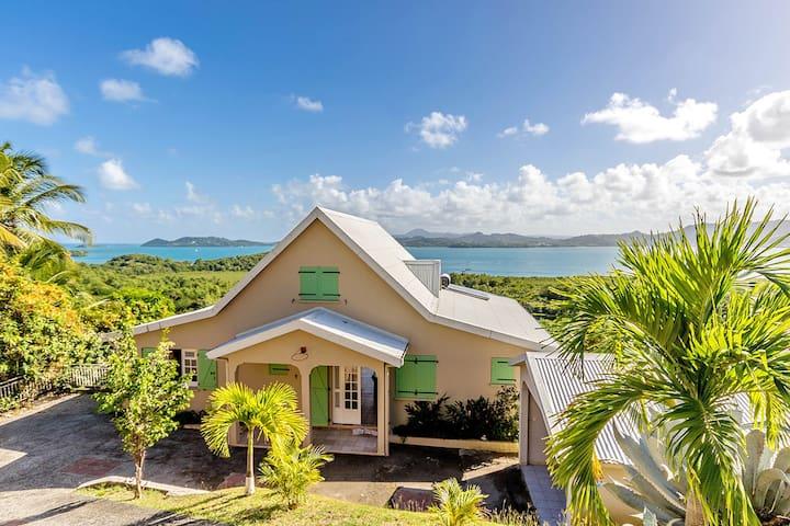 Villa Ocean View & Pool - Le Robert