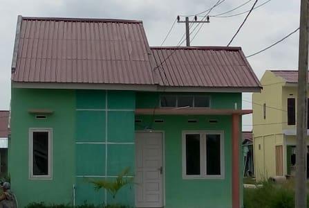 Kamar Murah dan Bersih di Kubang Pekanbaru