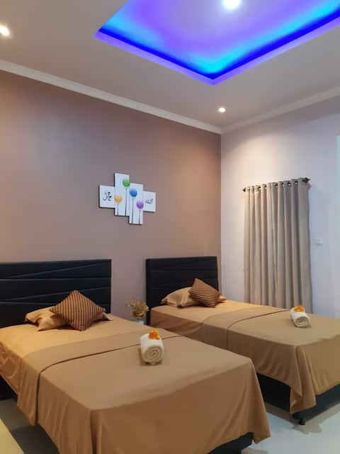 bis homestay (deluxe twin bed with breakfast)2