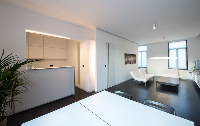 VERY NICE AND DESIGN APPARTEMENT