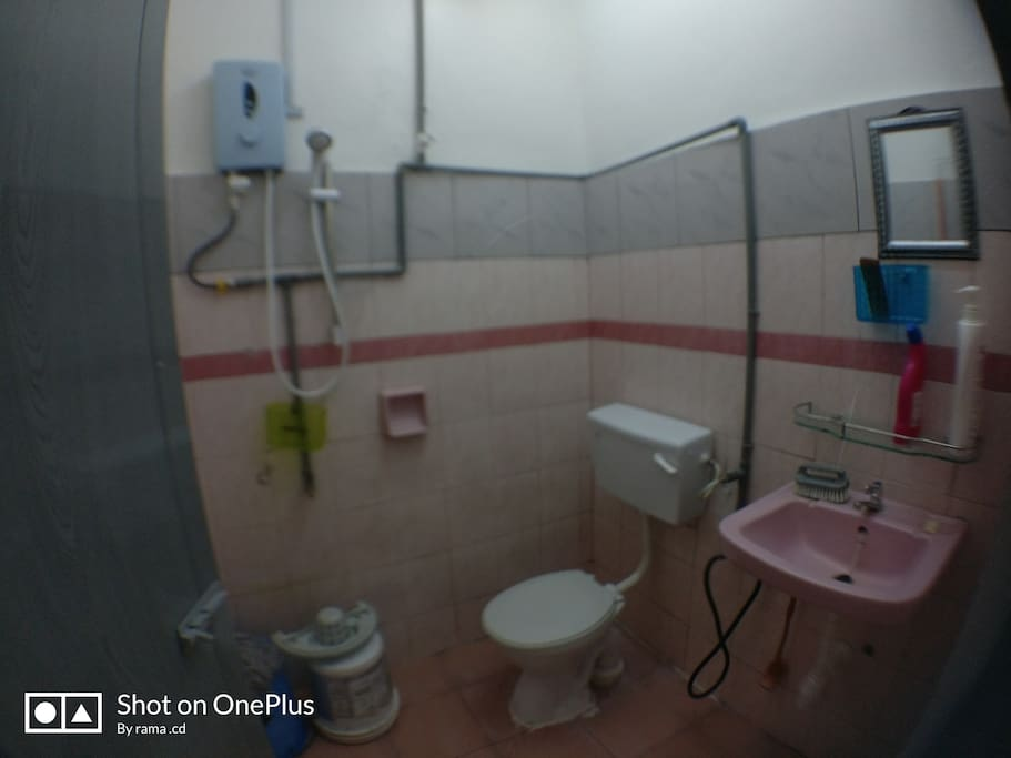 Main bedroom attach  toilet