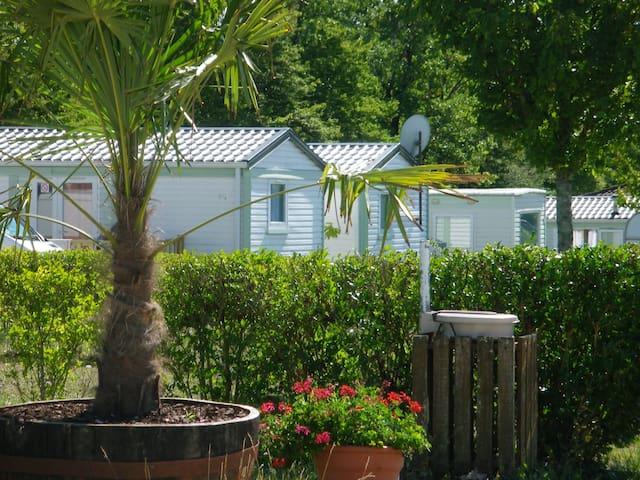 Dordogne, mobil-home pour des vacances reposantes
