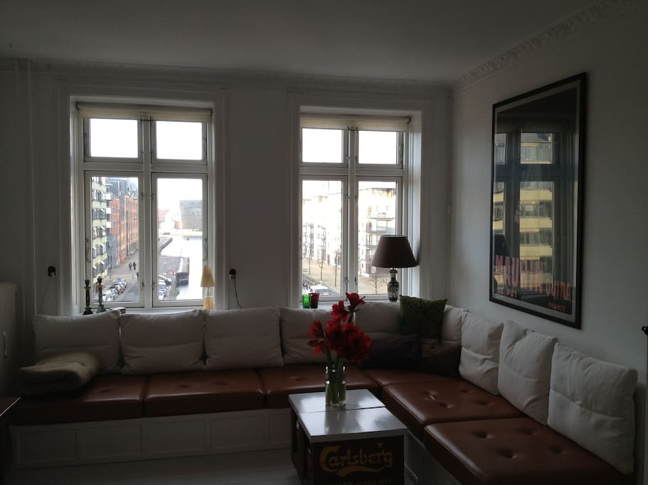 living room with view over Christianshavns canal