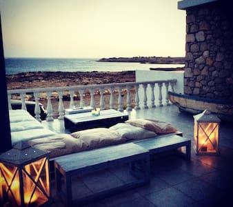 Stone villa on private beach - Scarpanto