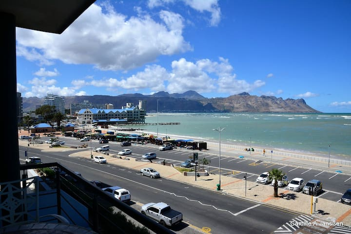 Strand Cape Town 2 bedroom apartment with SeaView