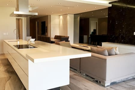 Houghton Penthouse - Johannesburg