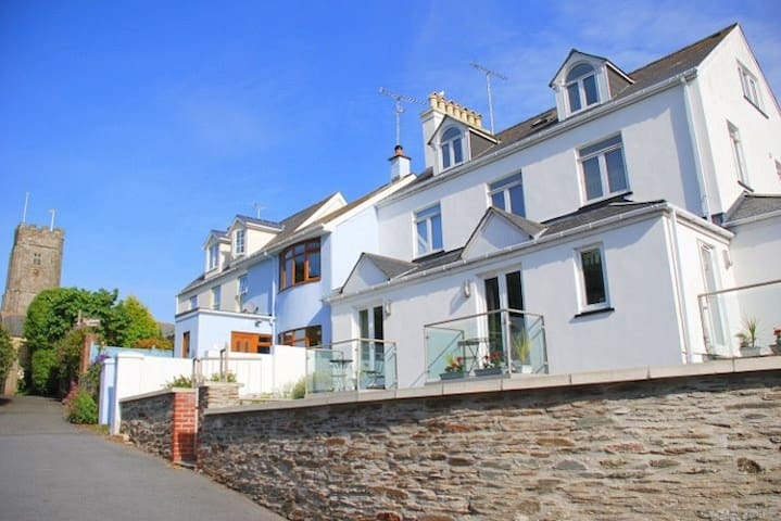 Spacious & stylish with sea views. - Devon - Flat