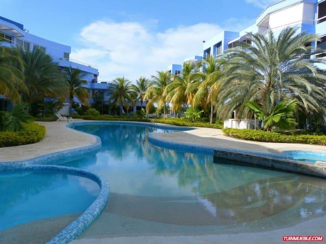 Apartamento Moderno - Ventanas de Mediterraneo - Puerto La Cruz - Apartament