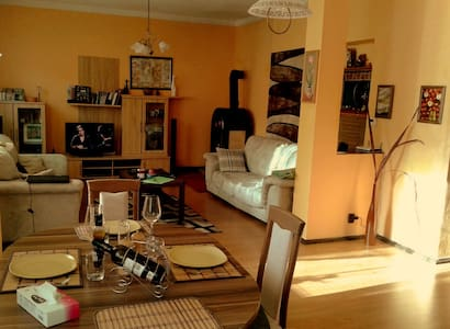Cosy flat with parking in Carlsbad - Carlsbad - อพาร์ทเมนท์