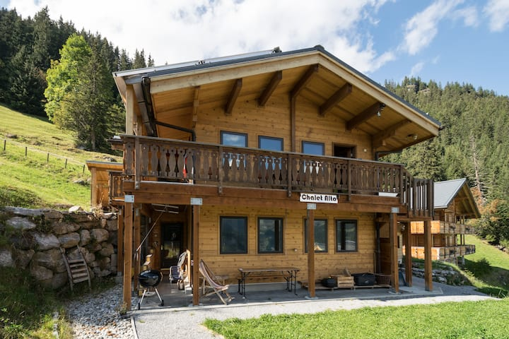Upper Chalet Alta Apt.: 2-4 people
