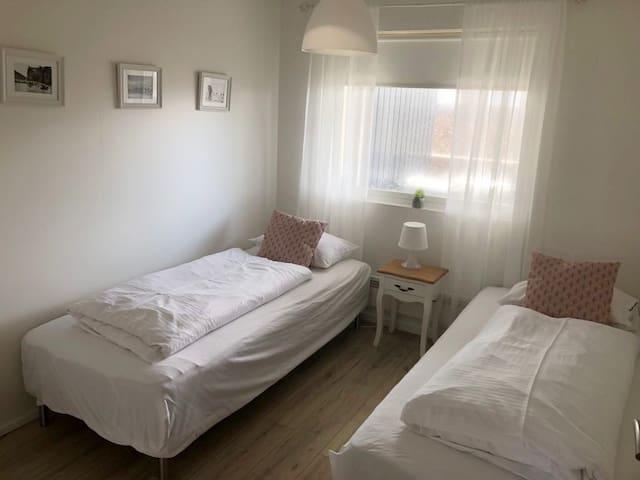 Glacier Inn - room 1