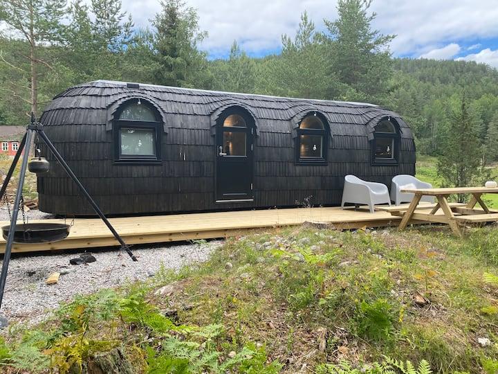 Hobbithus - minihus på Fjone