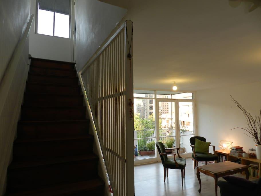 1er Piso áreas comunes. 2do piso dormitorios