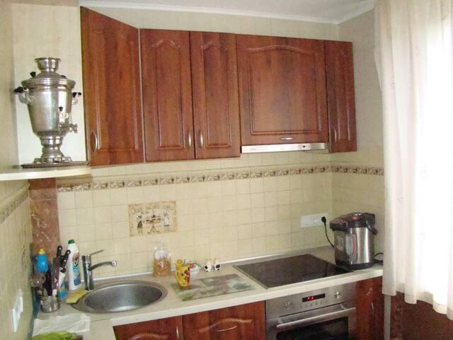 Renting a room near the metro Aleks - Carcóvia - Apartamento