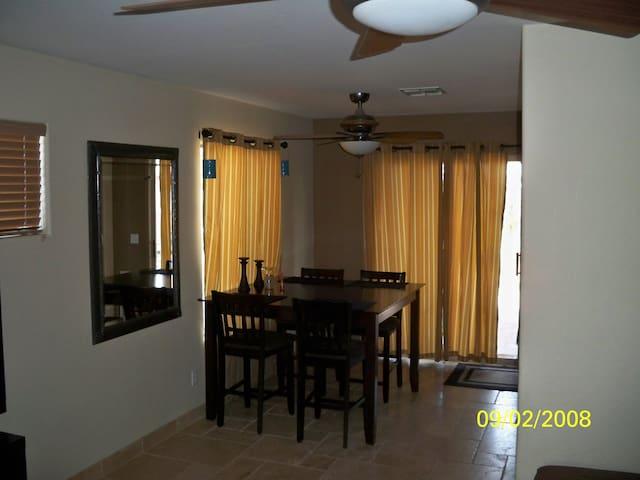 Pro/Super Bowl 2015 House Rental - Peoria - House