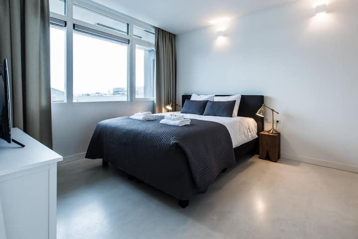 Gorgeous Apartment in Houthavens