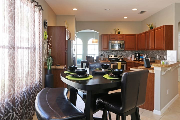 Great  home minutes from Disney ! - Clermont - Casa