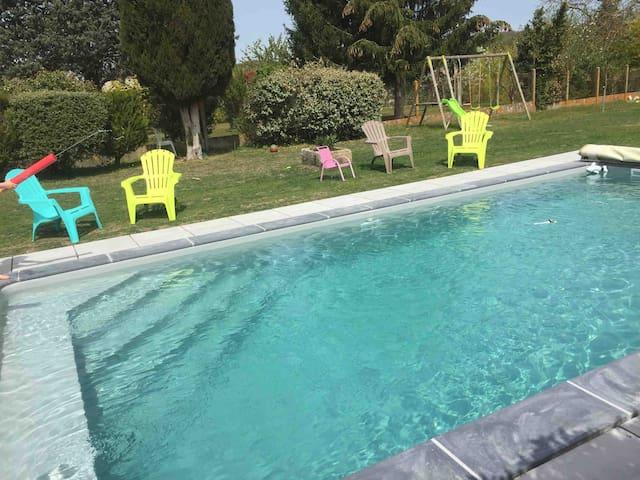 2 pièces avec piscine chauffée proche futuroscope