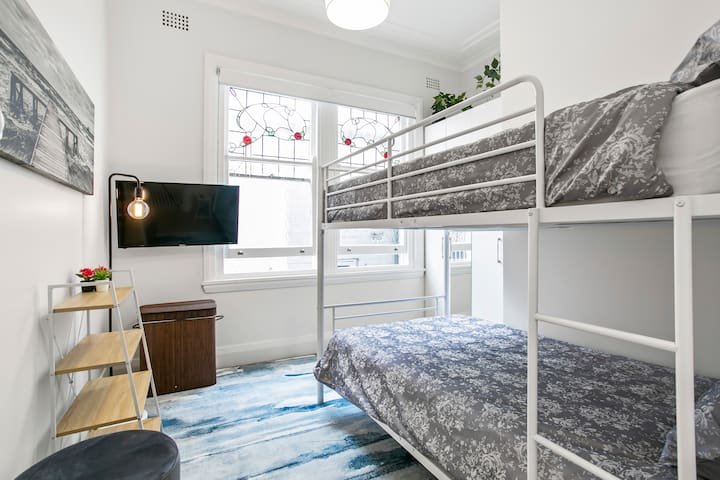 2nd bedroom with 2 x deluxe king single mattress bunk, smart TV with Netflix, Stan, XBox one with games