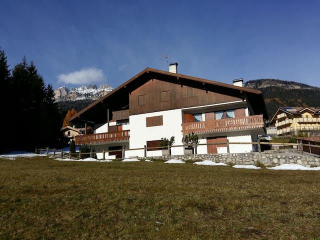 Panoramic house in Vigo di Fassa (Dolomites Alps)