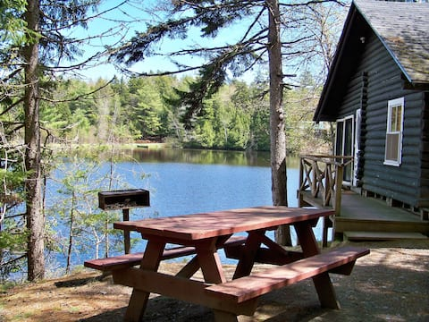 Cottage #3, Robinson's Cottages, Pet-friendly