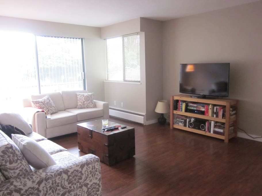 1 bedroom apartment on kitsilano beach apartments for - One bedroom apartments vancouver ...