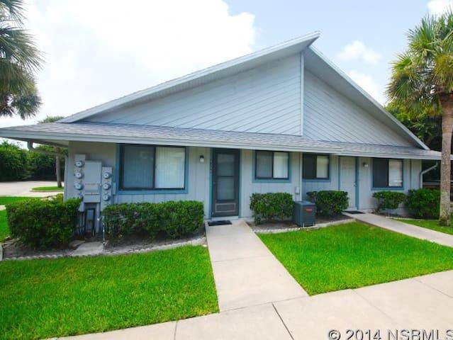 Seaside Villas 4302 - New Smyrna Beach - Villa