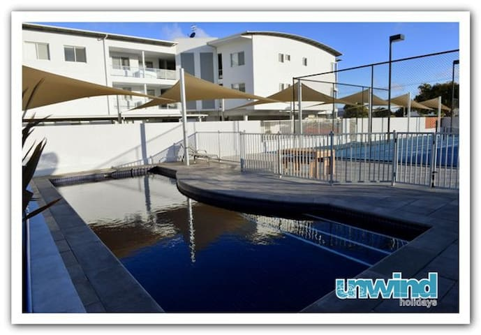 2 Bedroom Apartment with Spa Bath - Victor Harbor - Lägenhet