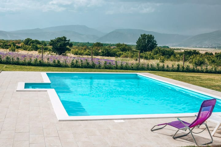 Villa Lavender with swimming pool