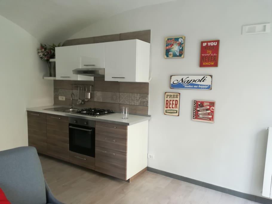 la dotazione della cucina non vi farà rimpiangere le comodità della vostra casa