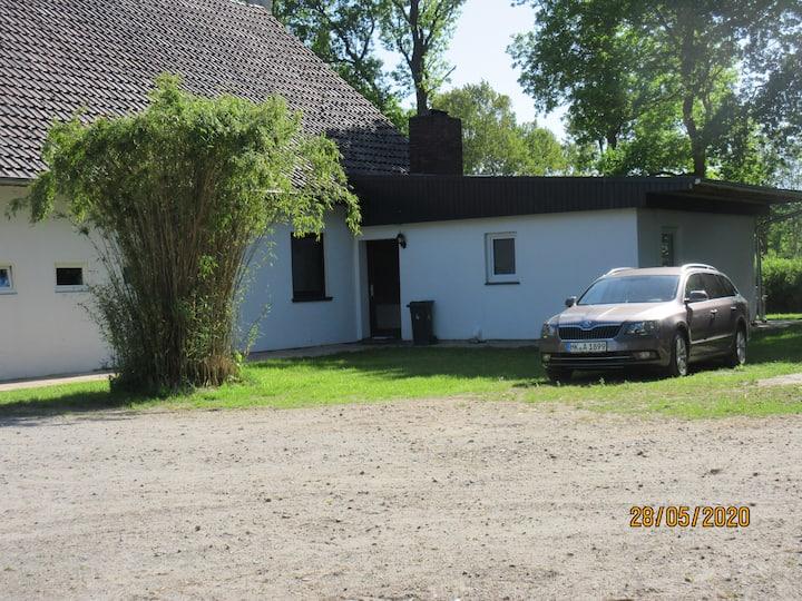 Renovierte Ferienwohnung auf idyllischem Pferdehof