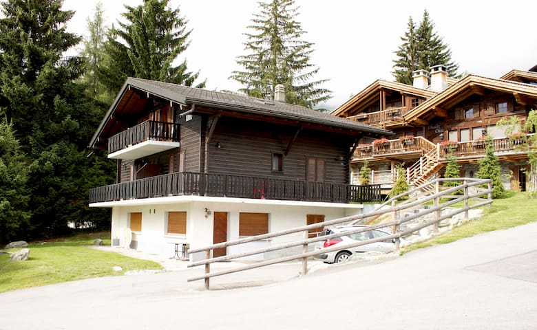 Chalet AIDA 5 - Four cosy rooms and a 5-star view! - Bagnes - Hytte (i sveitsisk stil)