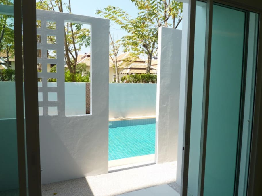 Pool access from Living Room