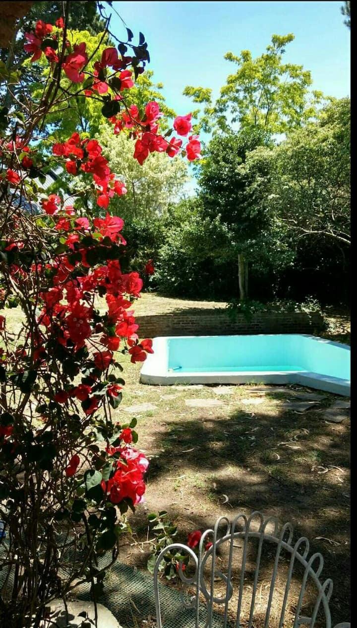 Casa con piscina en Sierra de los Padres