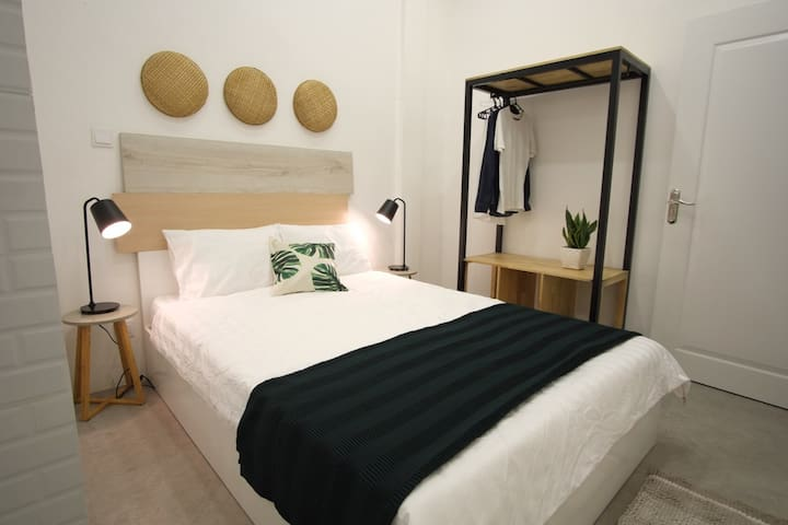 Stylish City Studio · Cosy Stay 1min to S21 Museum