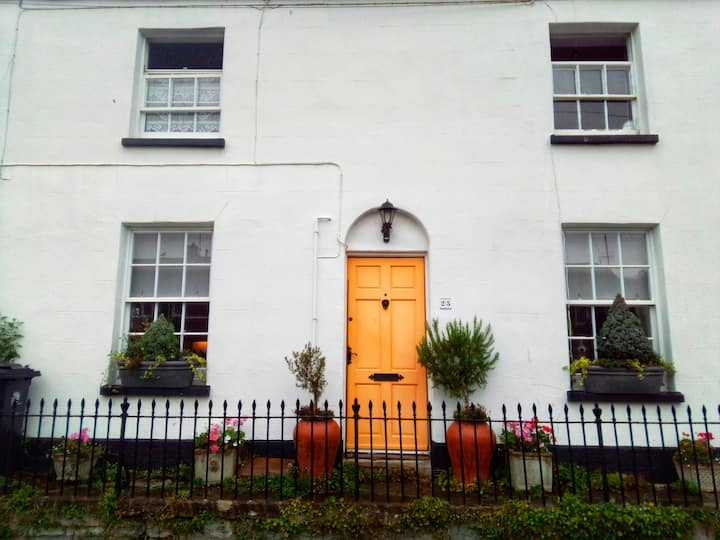 Georgian town house in the heart of Bridport.