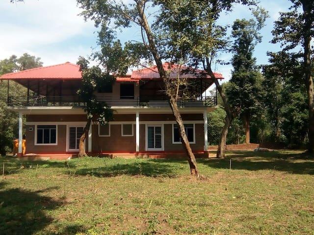 Anirvaa Family Room 4